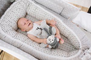 baby nest bubaba grey dots